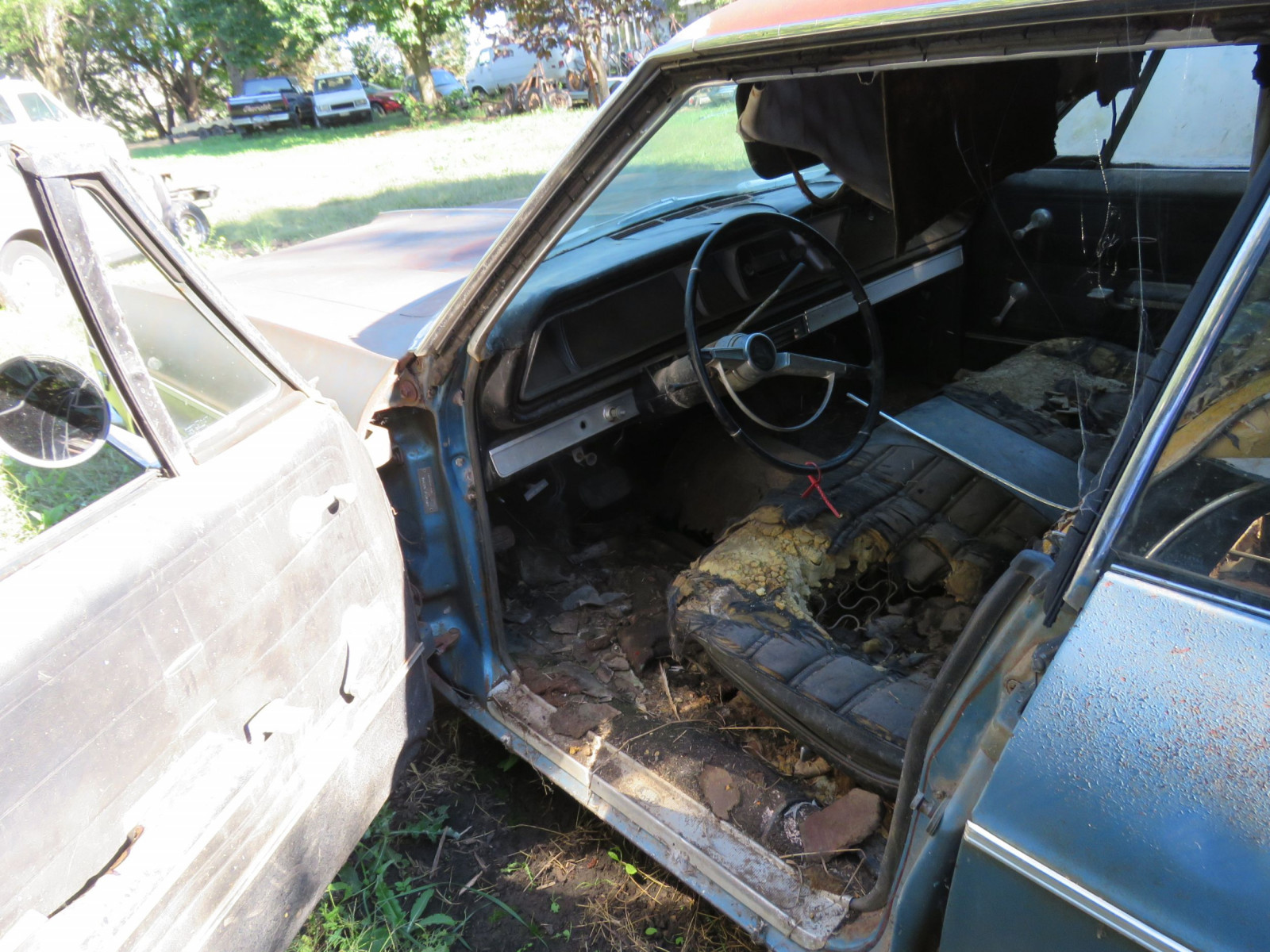1966 Chevrolet Impala 4dr HT for Project or Parts - Image 5