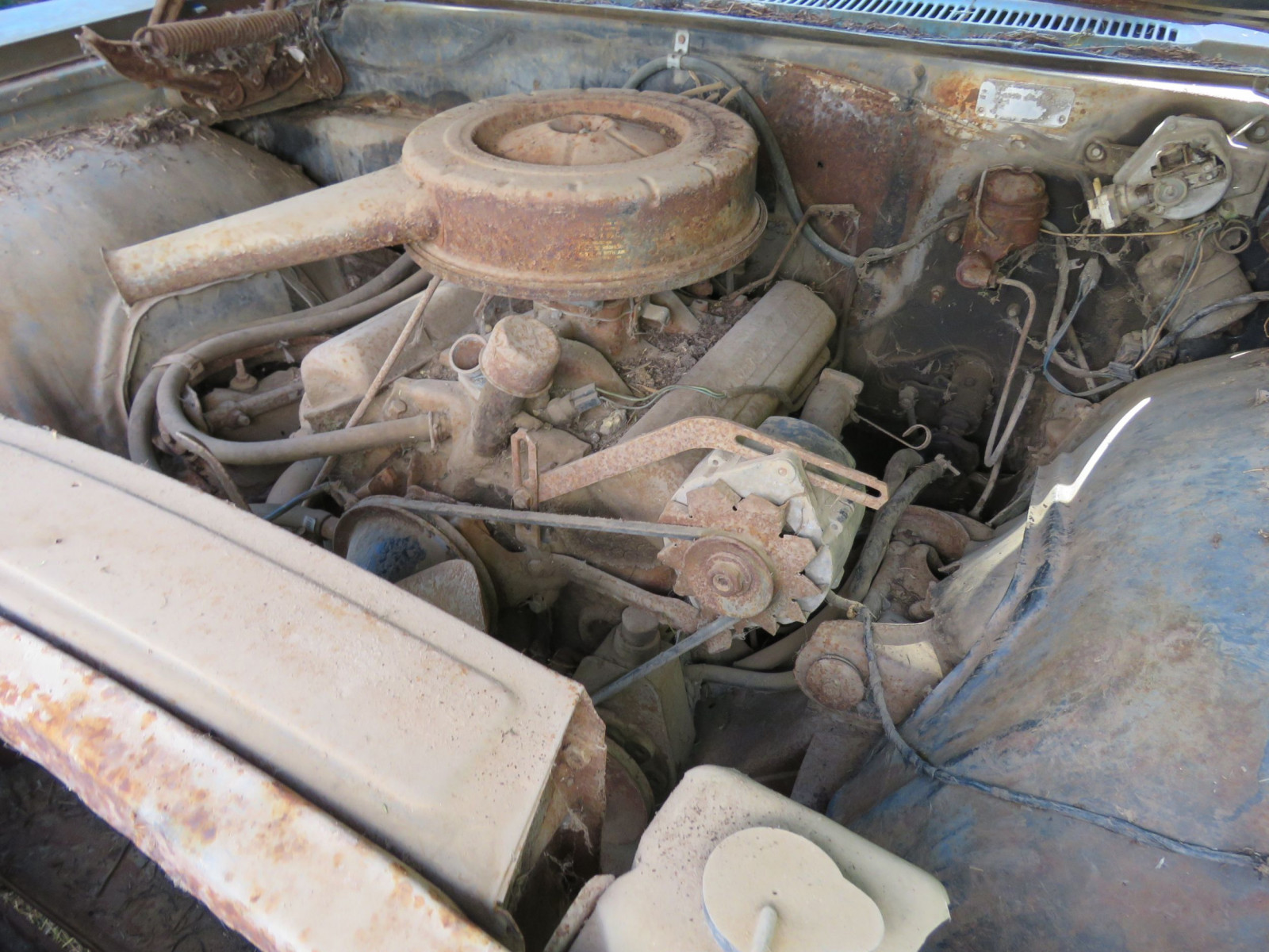 1966 Chevrolet Impala 4dr HT for Project or Parts - Image 6