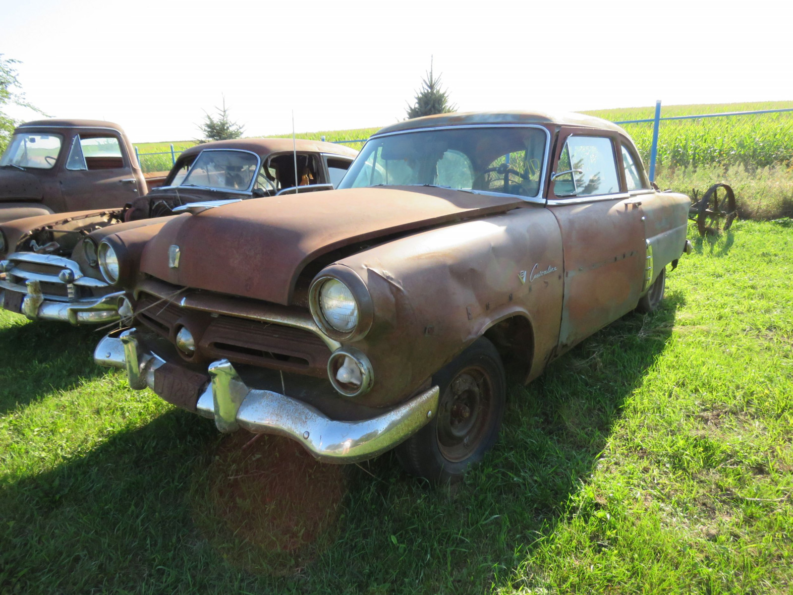 1953 Ford Mainline for Project or Parts - Image 1