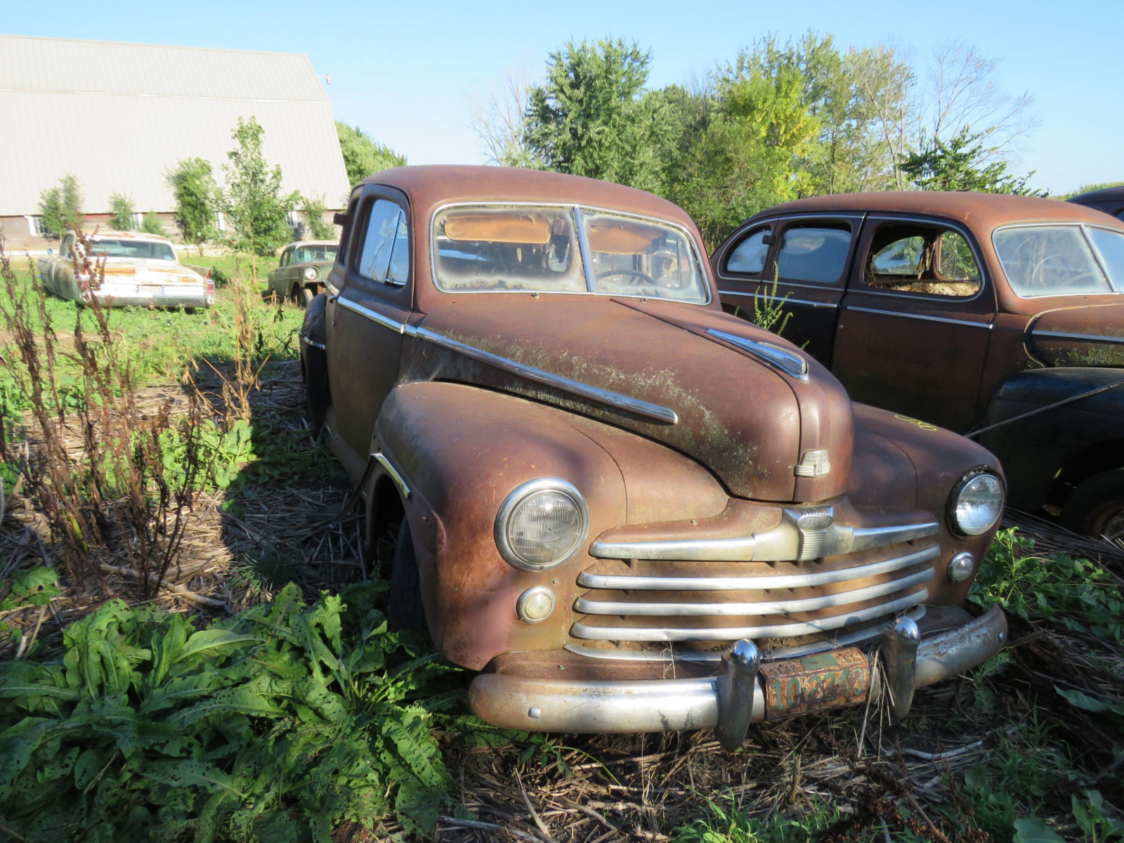 1947/8 Ford 4dr Suicide Sedan for Project or Parts - Image 2