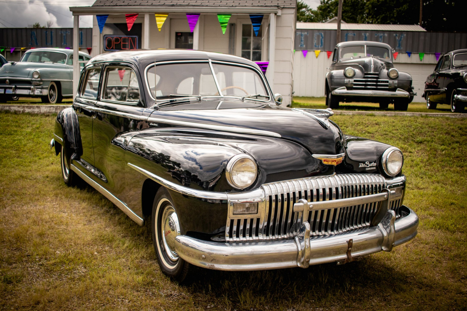 1948 DeSoto Custom 4dr Sedan - Image 3