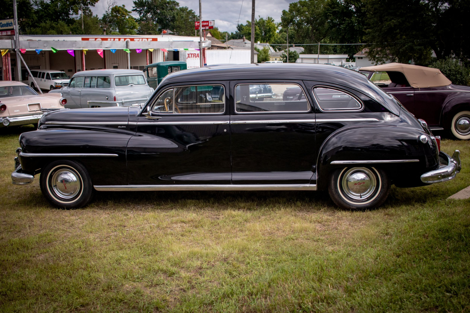 1948 DeSoto Custom 4dr Sedan - Image 8