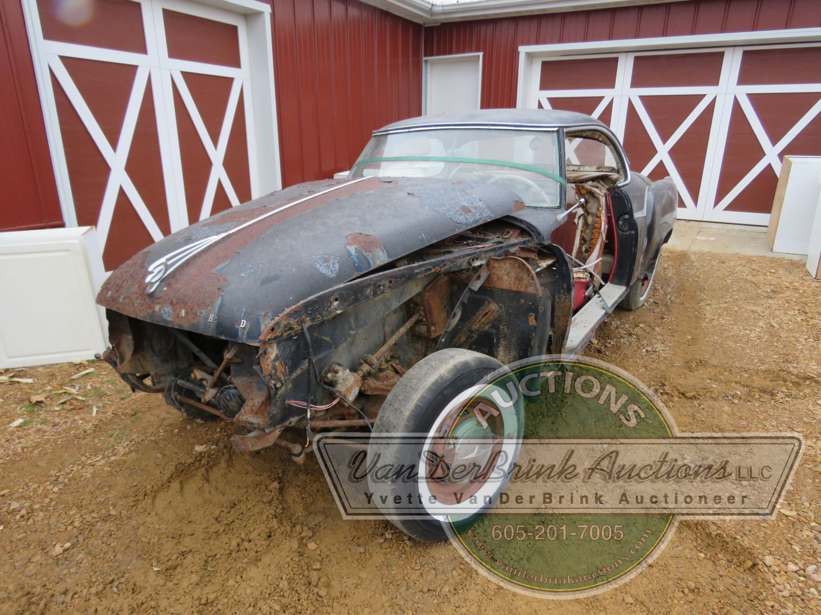 Borgward Coupe for project or parts - Image 3