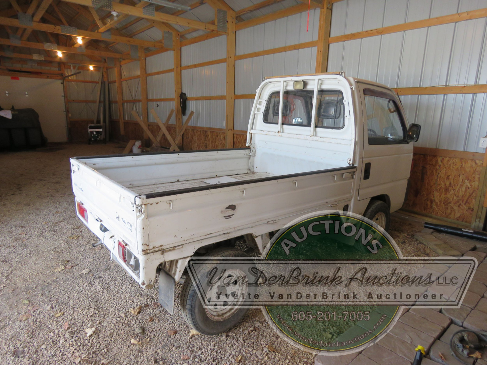 Real Time 4x4 Utility Truck - Image 3