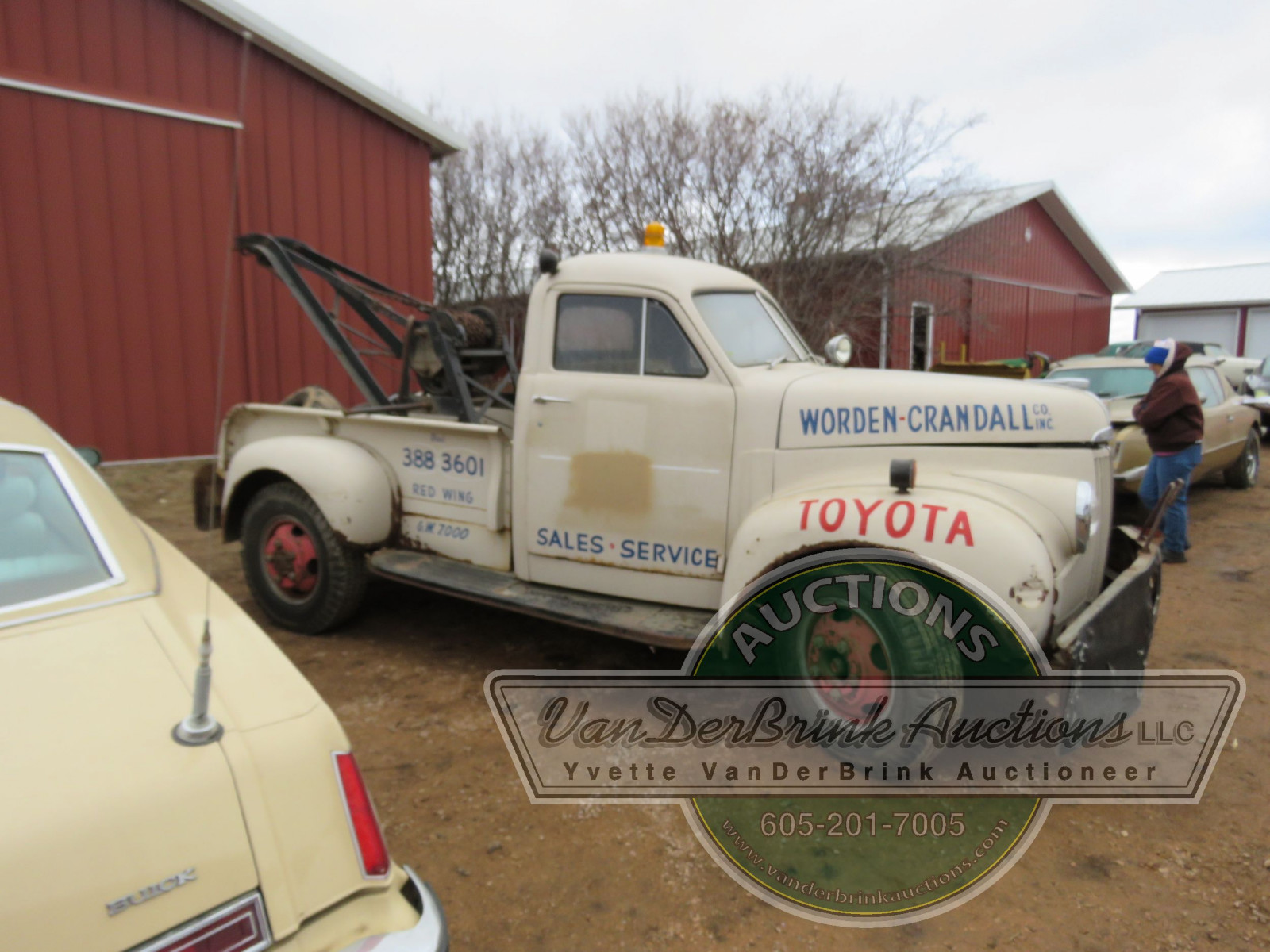 1947 Studebaker Towtruck - Image 12