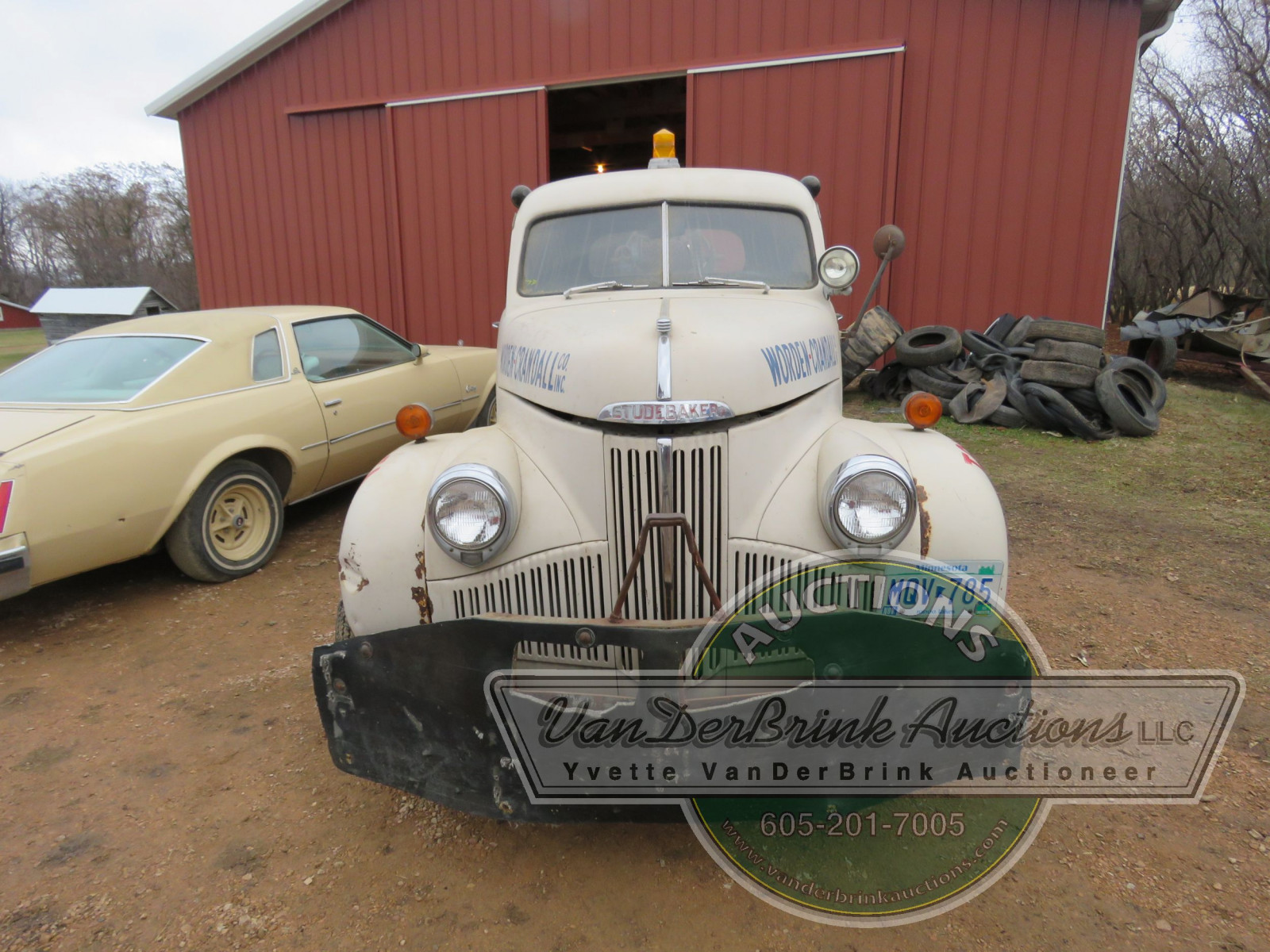 1947 Studebaker Towtruck - Image 2