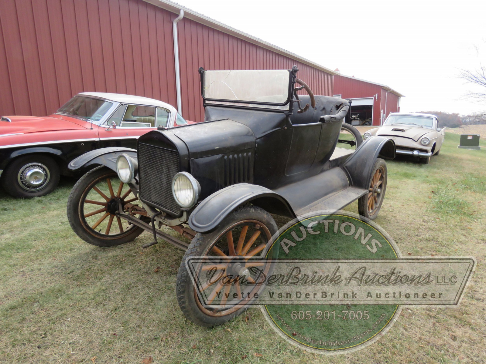 1920 Ford Model T Roadster Coupe - Image 3