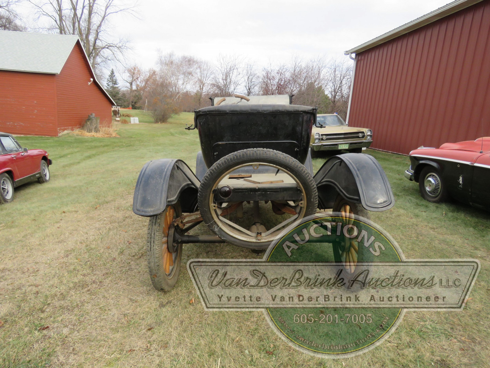 1920 Ford Model T Roadster Coupe - Image 6