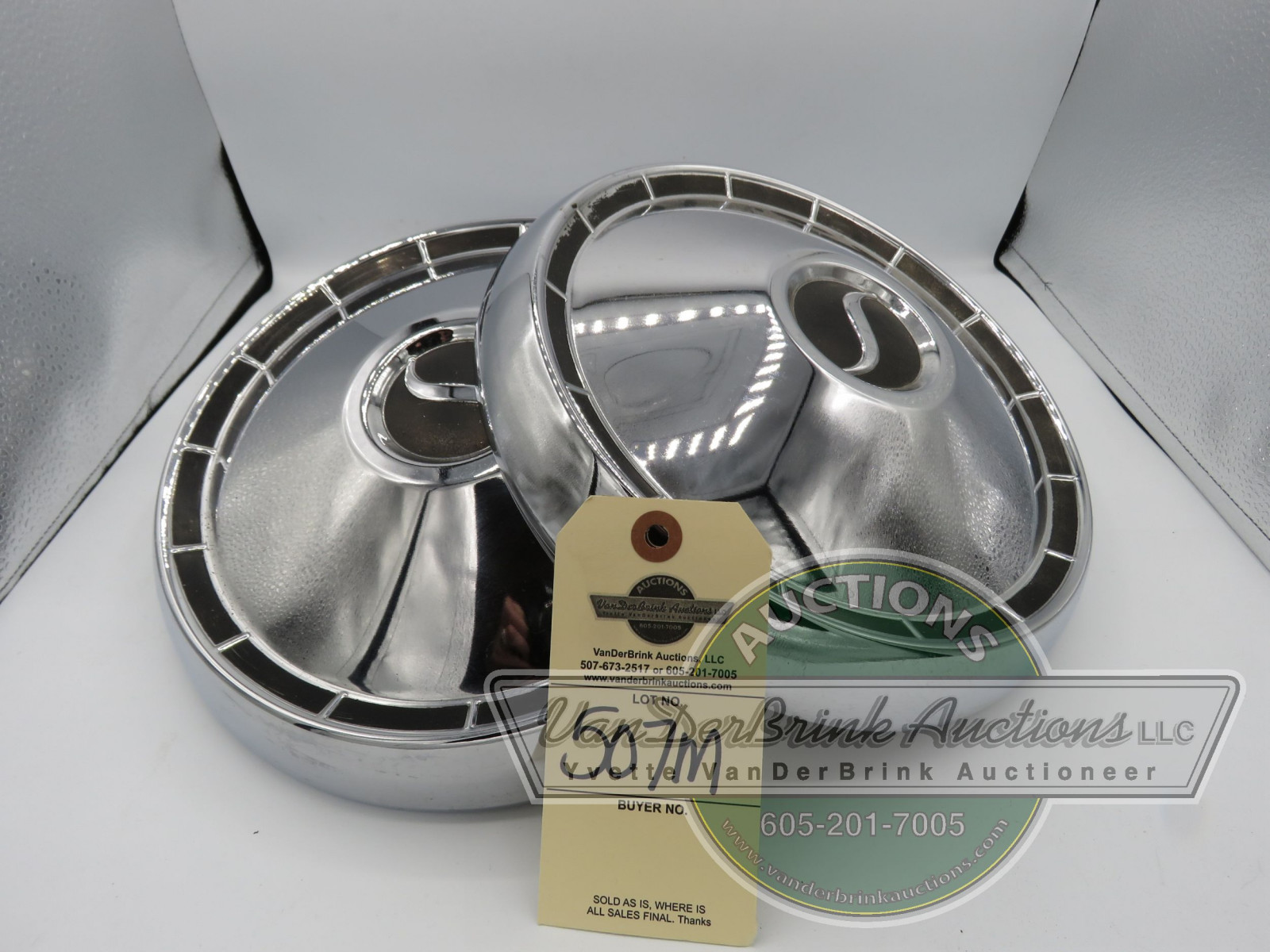 SET OF STUDEBAKER HUBCAPS - Image 1