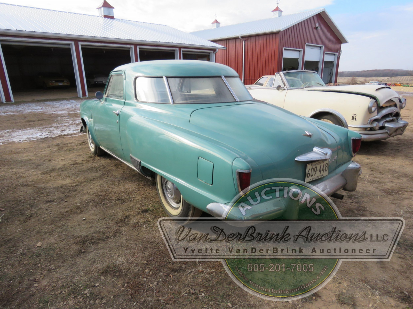 1952 Studebaker Commander Starlight Coupe - Image 4