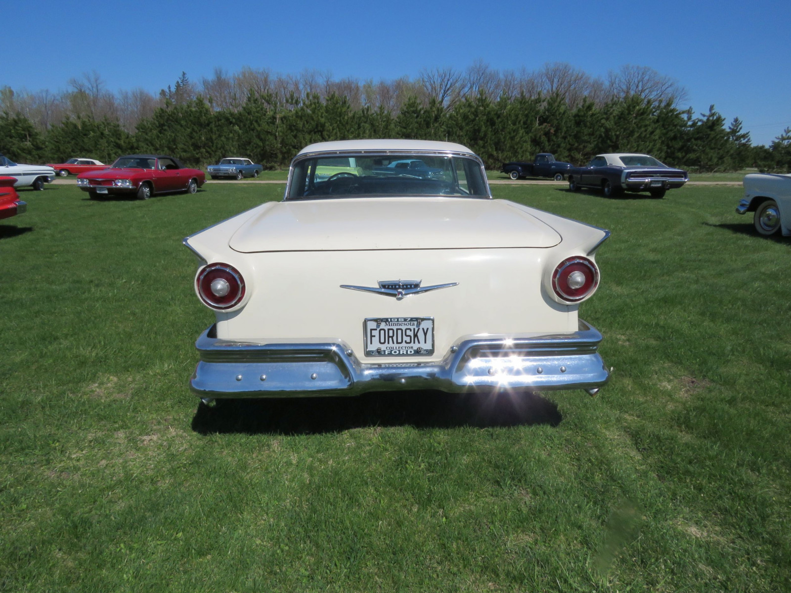 1957 Ford Fairlane 500 Skyliner Retractable Hardtop - Image 7
