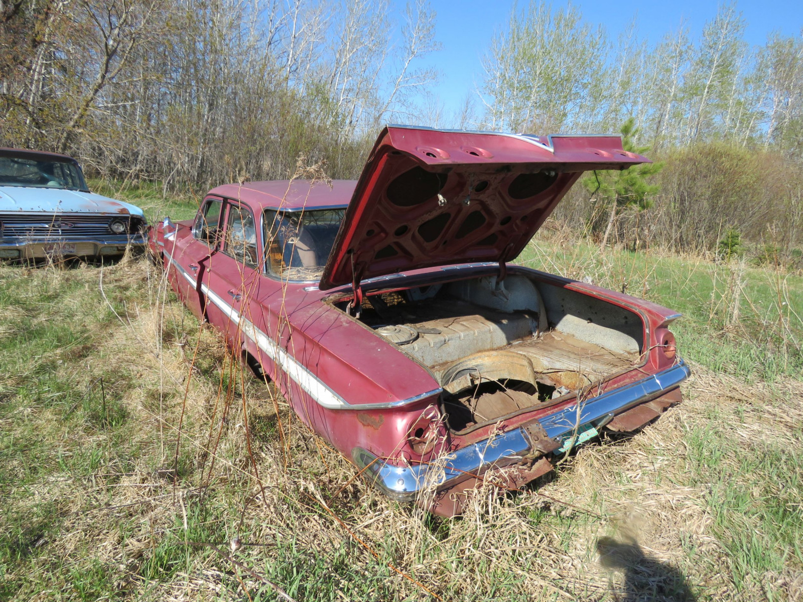 1961 Chevrolet 4dr Sedan parts only - Image 4