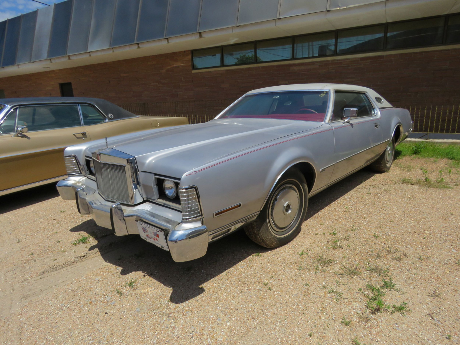 1973 LINCOLN CONTINENTAL MARK III - Image 1