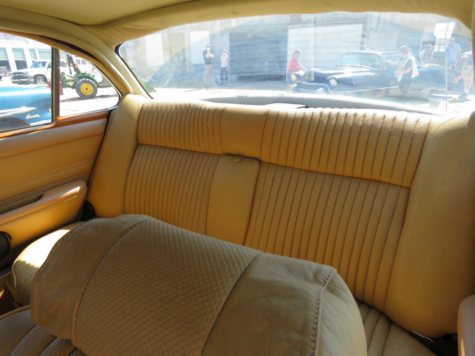 1973 JAGUAR XJ6 4DR SEDAN - Image 14
