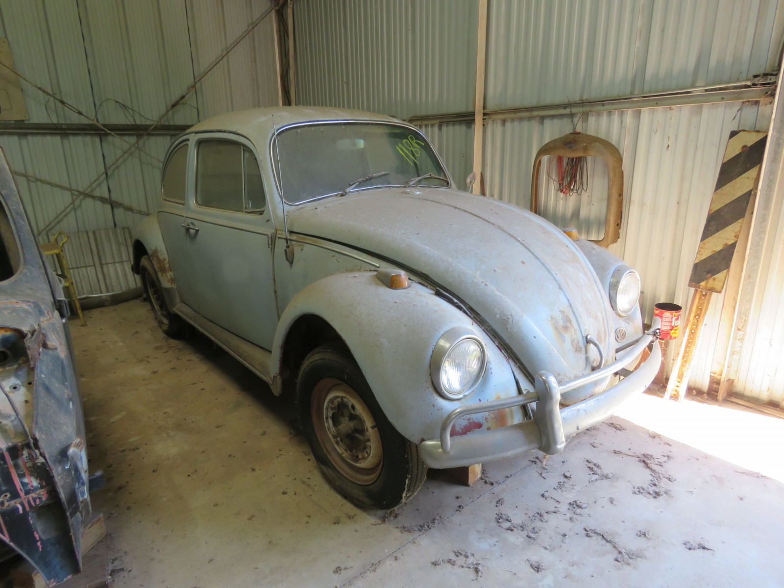1960'S VOLKSWAGON BEETLE PROJECT - Image 1