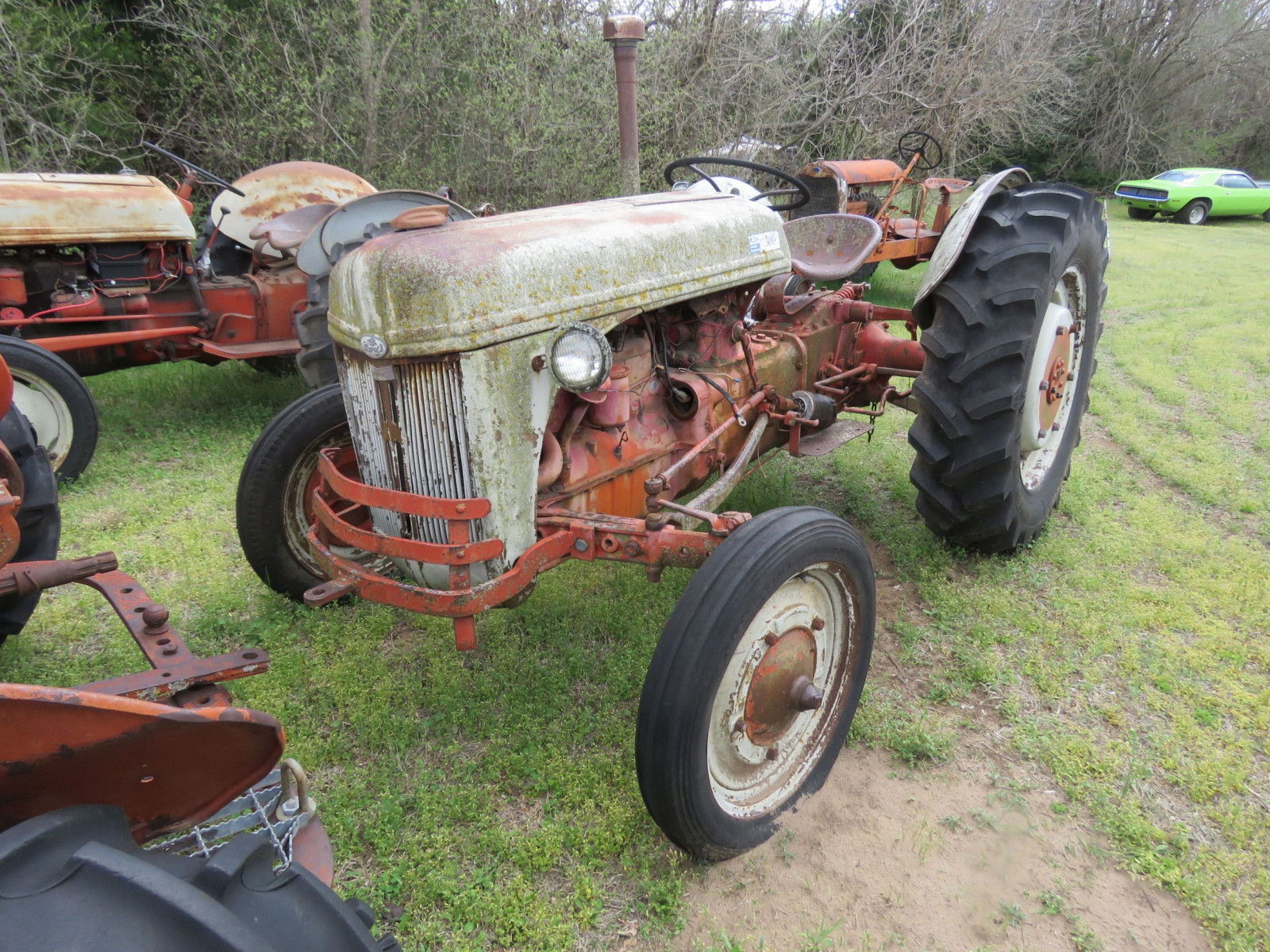 FORD 2N SERIES TRACTOR FOR RESTORE - Image 1