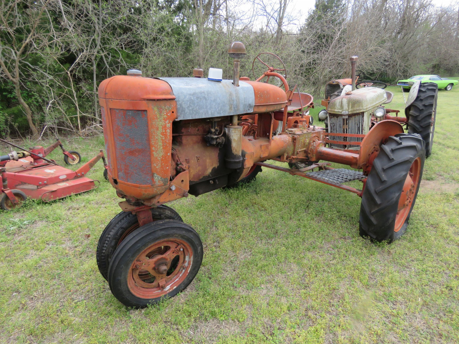 FARMALL B TRACTOR FOR RESTORE - Image 2