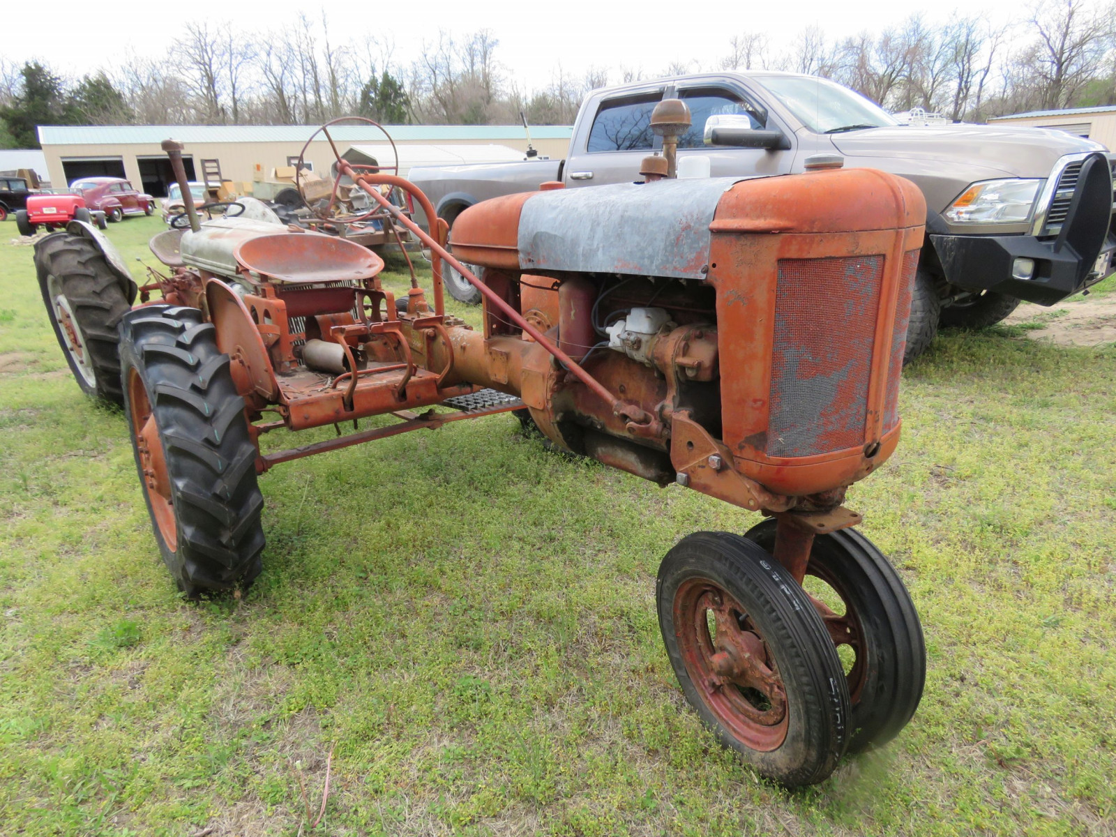 FARMALL B TRACTOR FOR RESTORE - Image 4