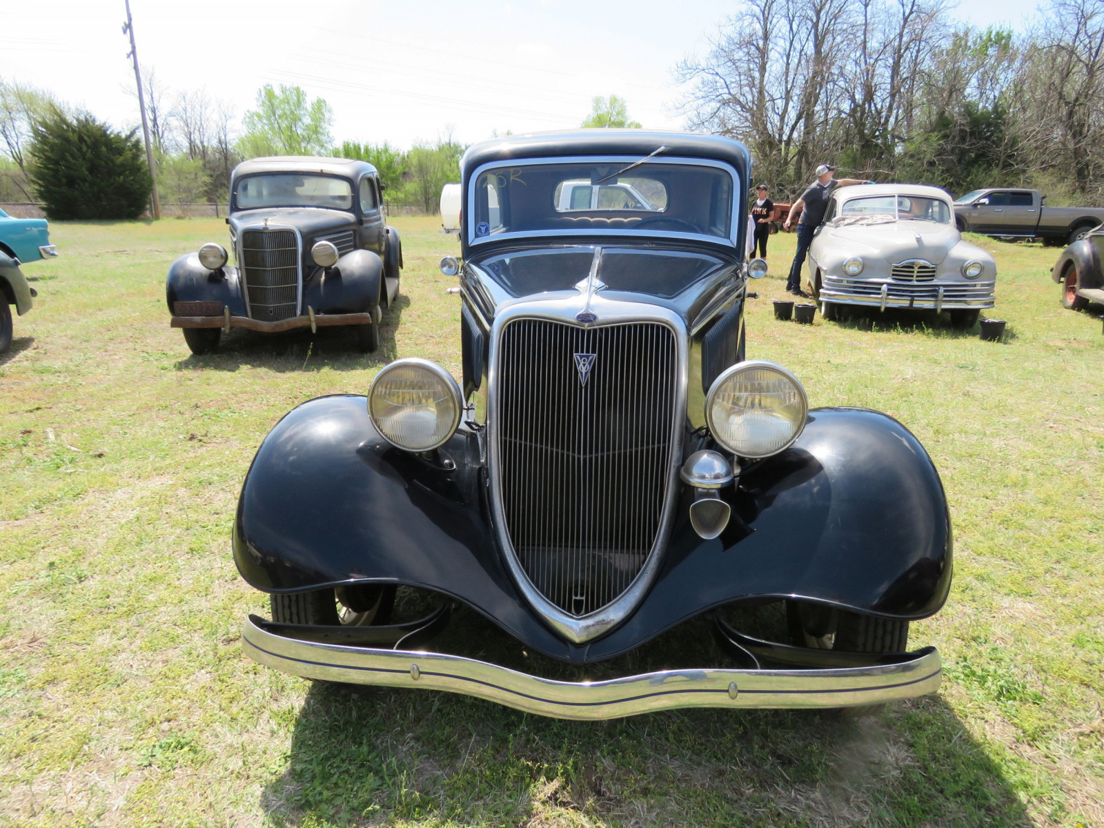 1934 FORD TUDOR SEDAN - Image 2