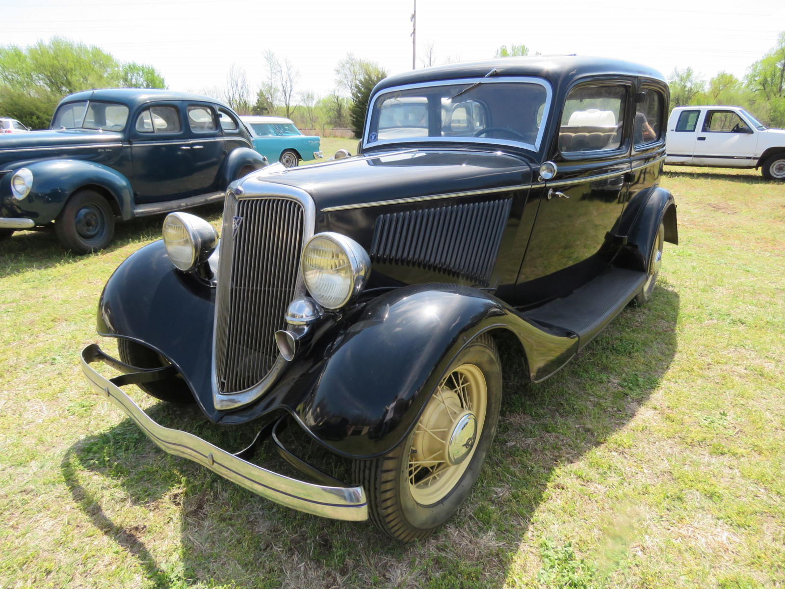 1934 FORD TUDOR SEDAN - Image 3