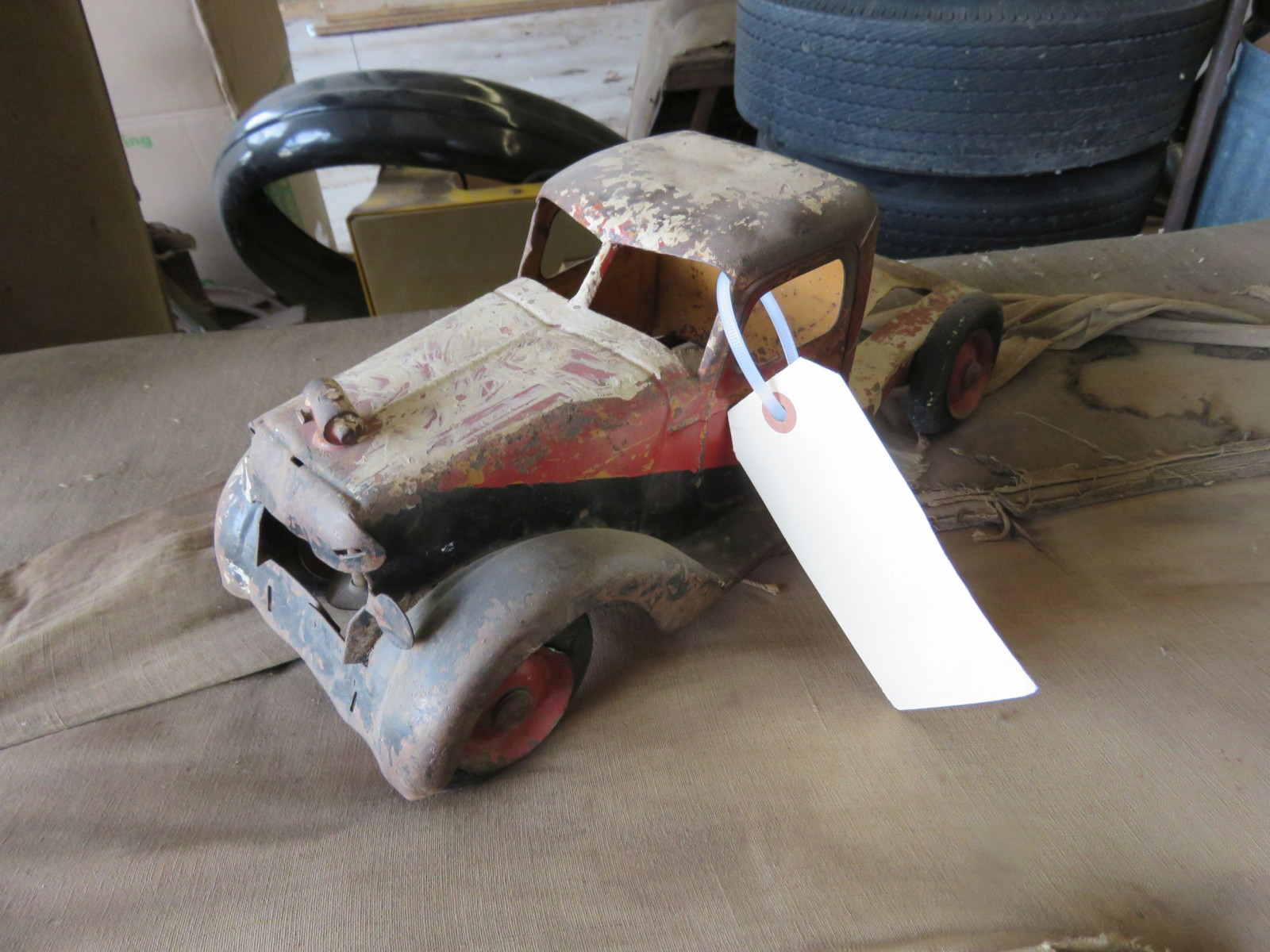 POT METAL PROJECT TOY TRUCK - Image 1