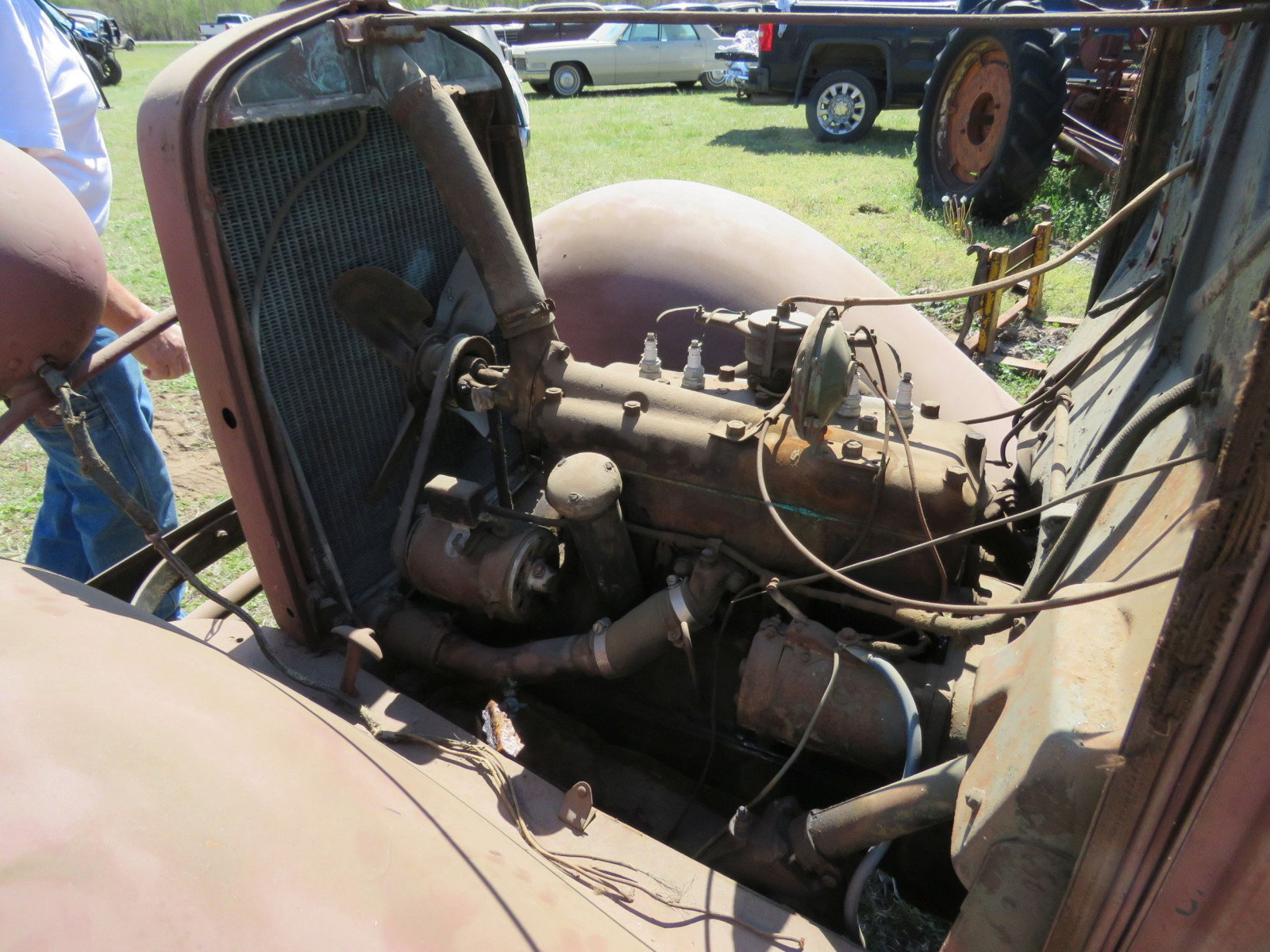 1932 FORD TRUCK PROJECT - Image 13