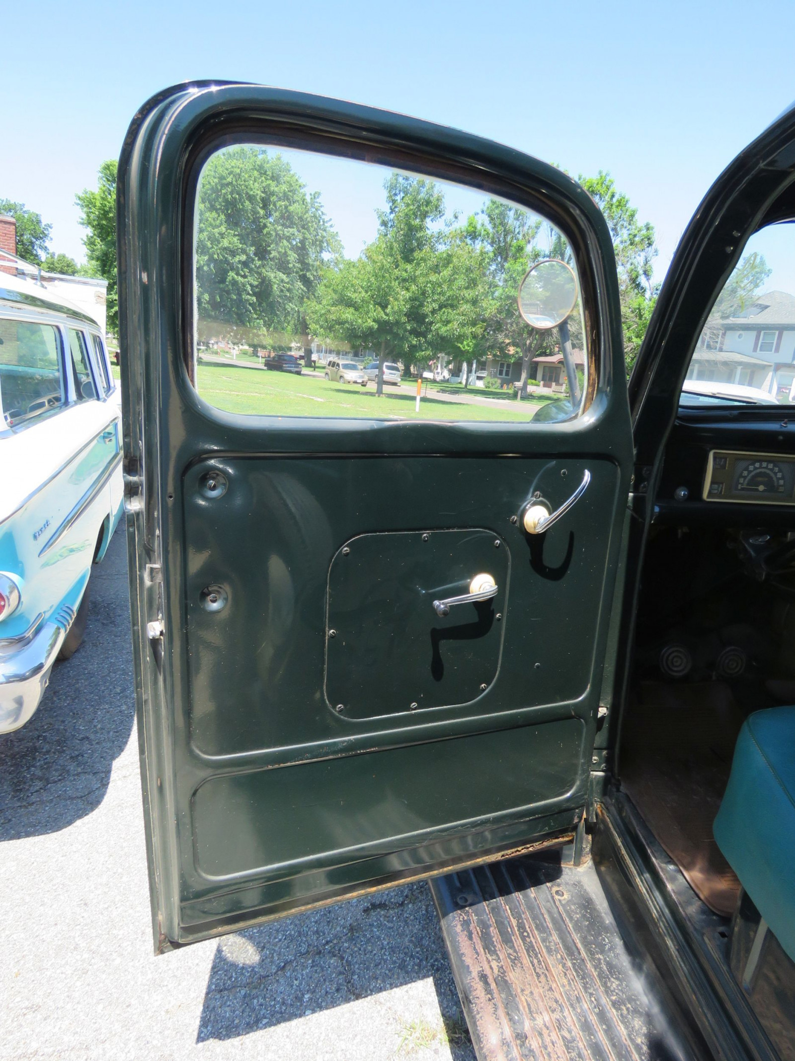 1946 FORD PICKUP - Image 12