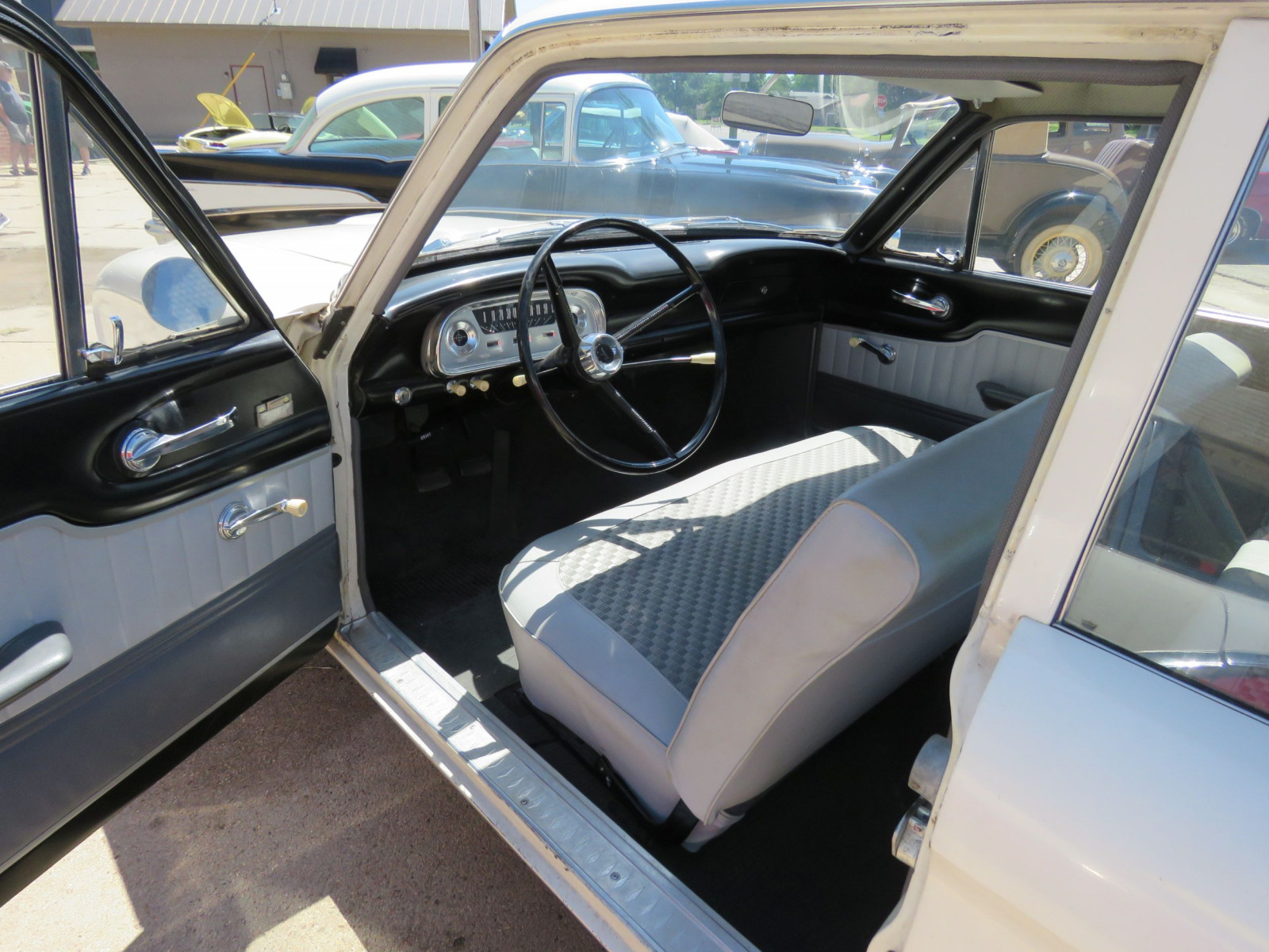 1961 FORD FALCON 2DR SEDAN LESS THAN 10,000 MILES - Image 15