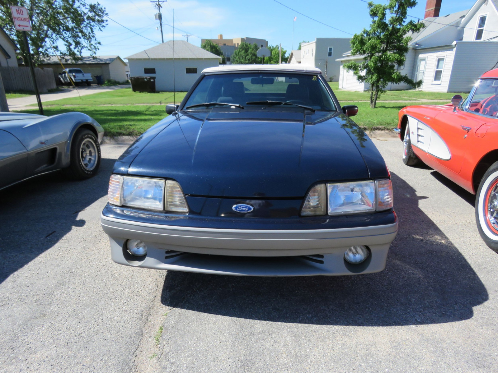 1988 FORD MUSTANG GT 5.0 CONVERTIBLE - Image 2