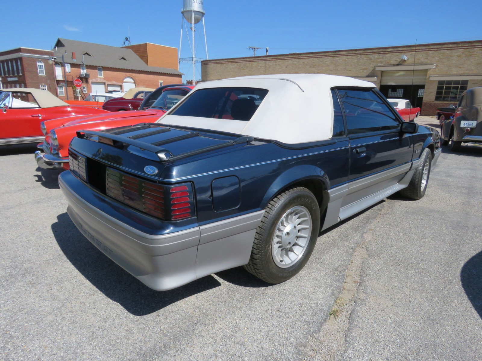 1988 FORD MUSTANG GT 5.0 CONVERTIBLE - Image 5