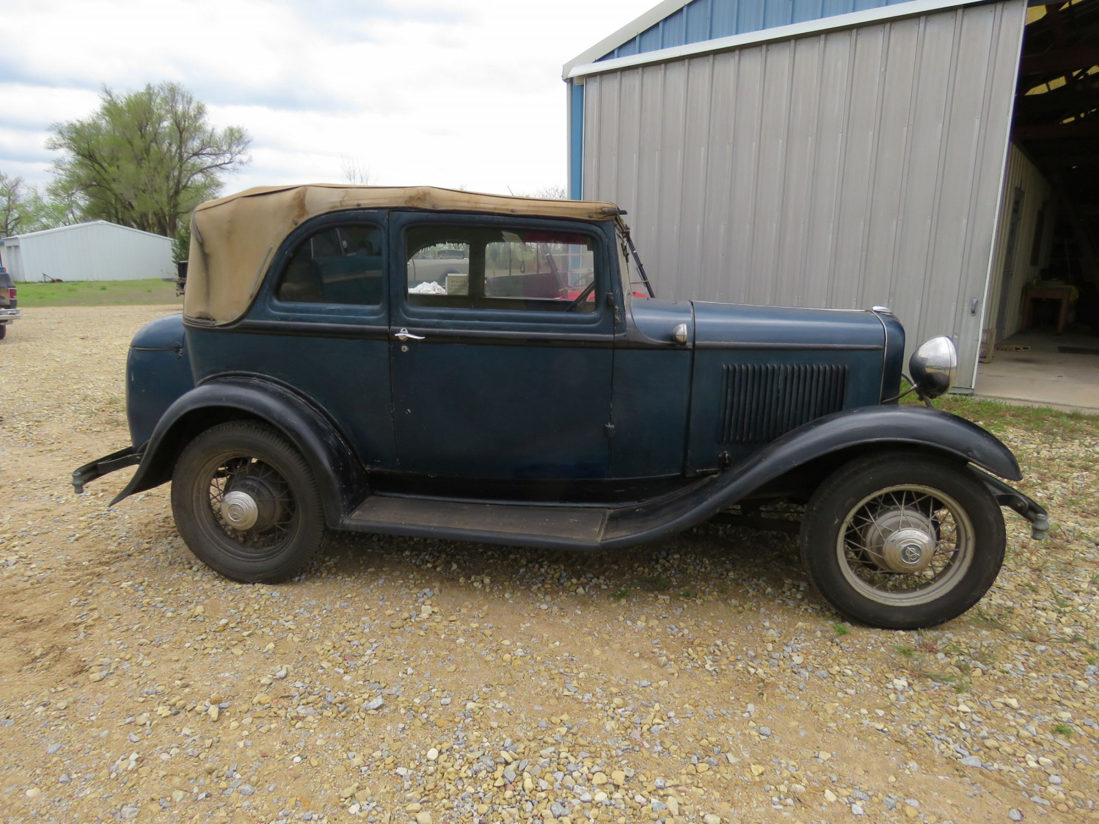 RARE 1932 FORD B400 2DR CONVERTIBLE V8 SEDAN - Image 4