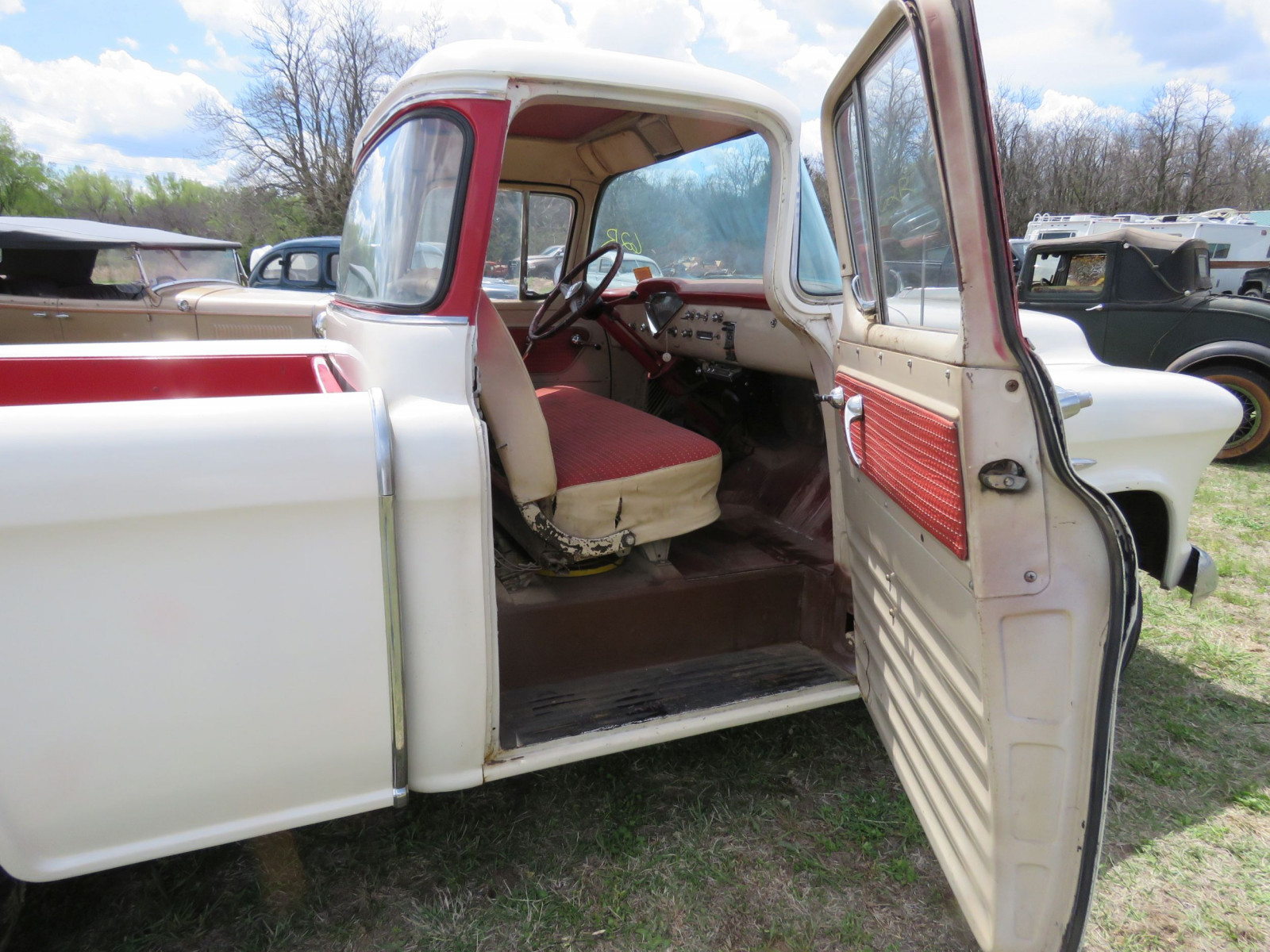 1955 CHEVROLET CAMEO PICKUP - Image 21