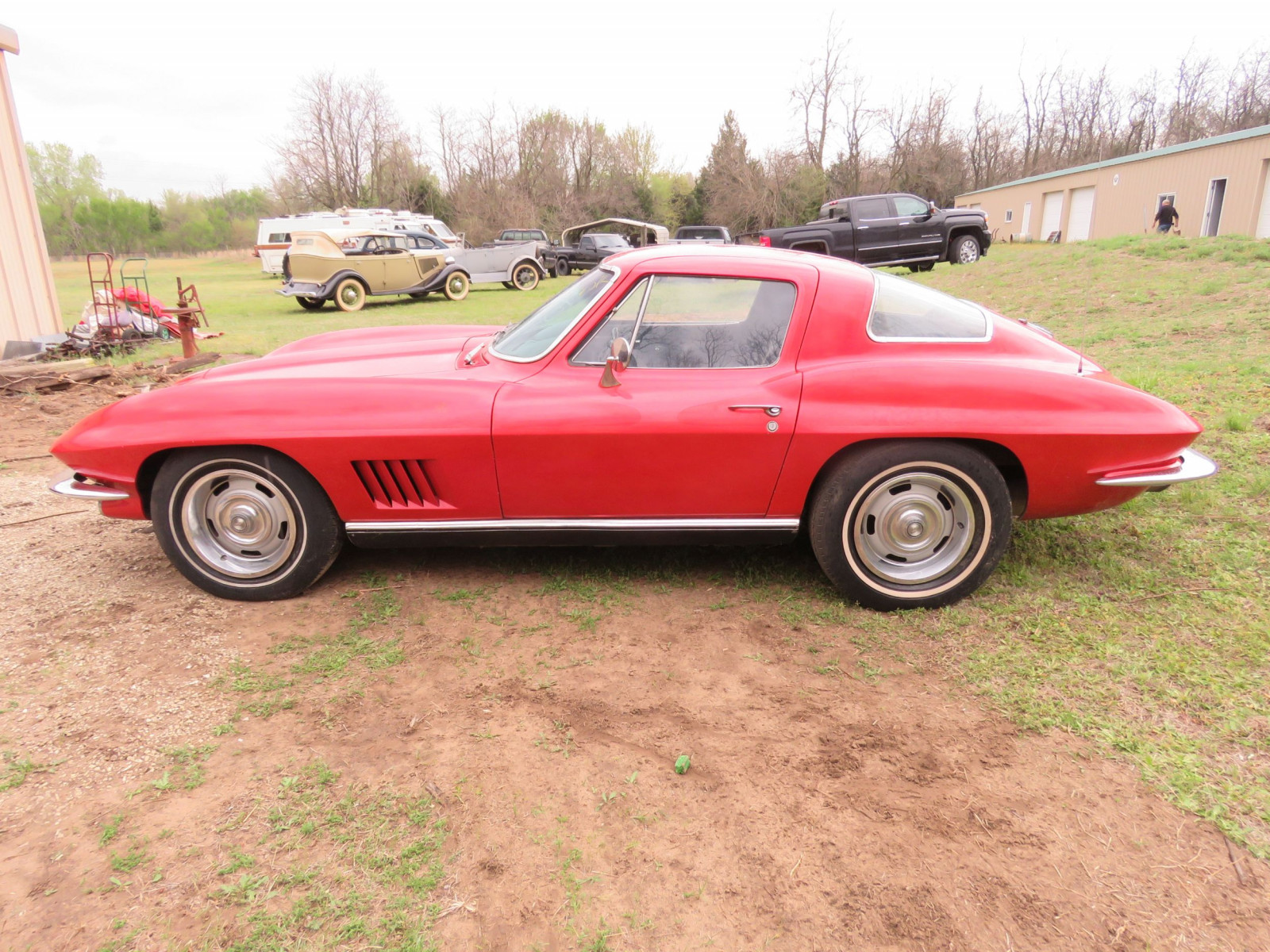 1967 CHEVROLET CORVETTE STINGRAY COUPE - Image 4