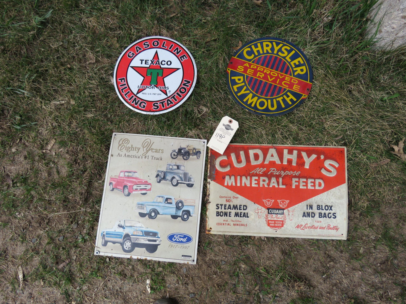Reproduction and 1 original Feed Sign Grouping - Image 1