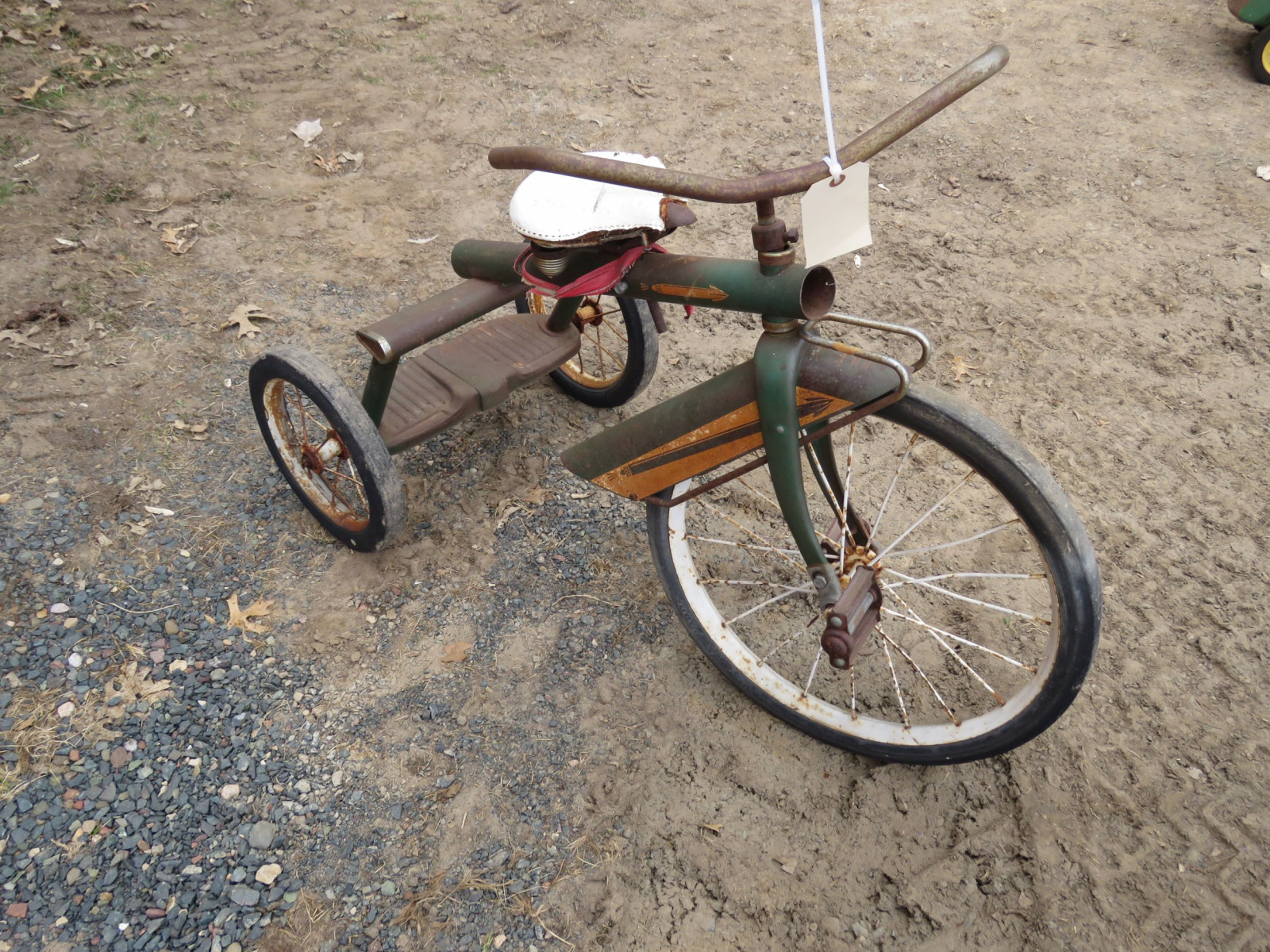 Vintage Tricycle with Wagon - Image 2