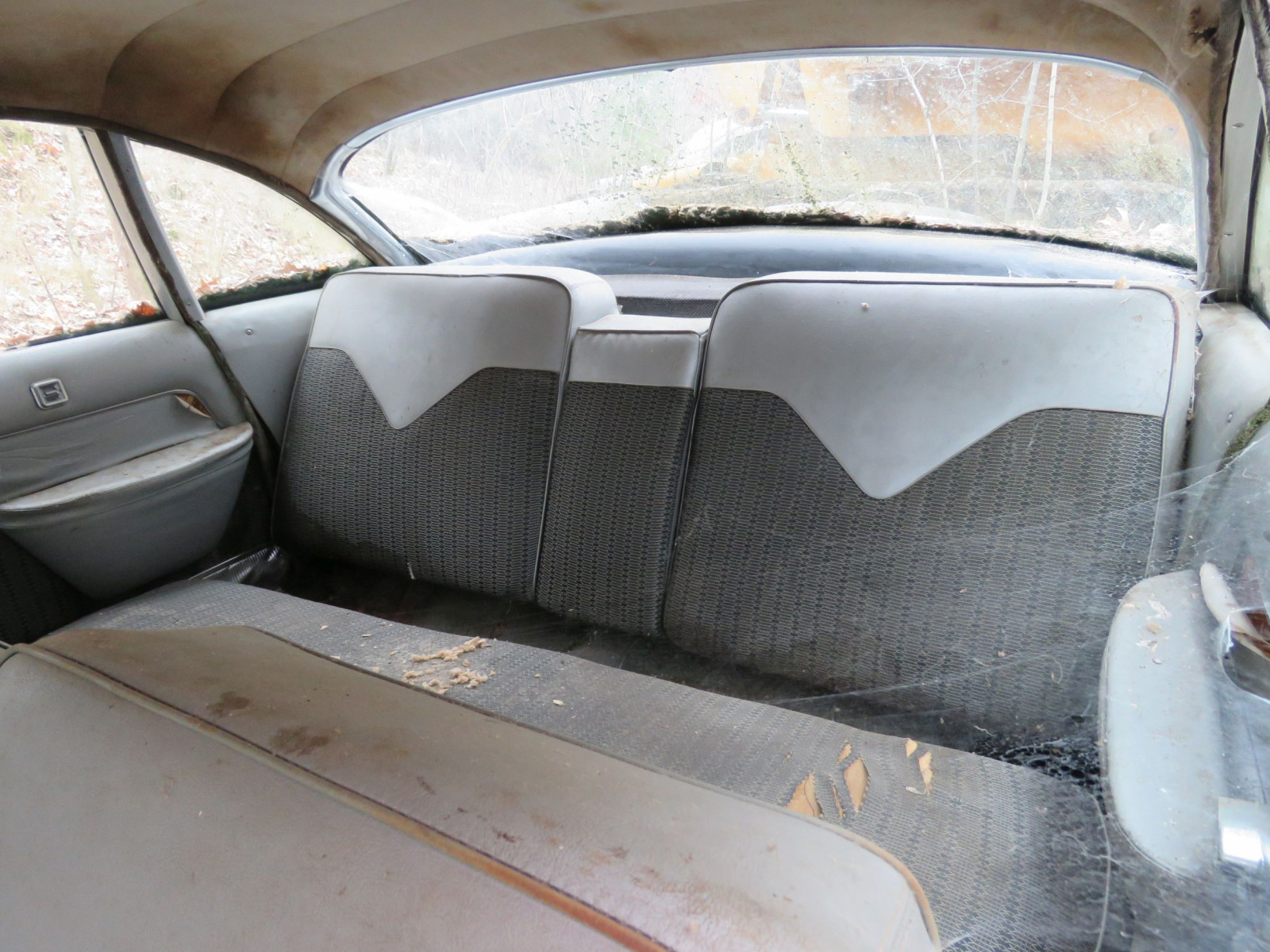 1950's Imperial 4dr Sedan for Project or Parts - Image 6