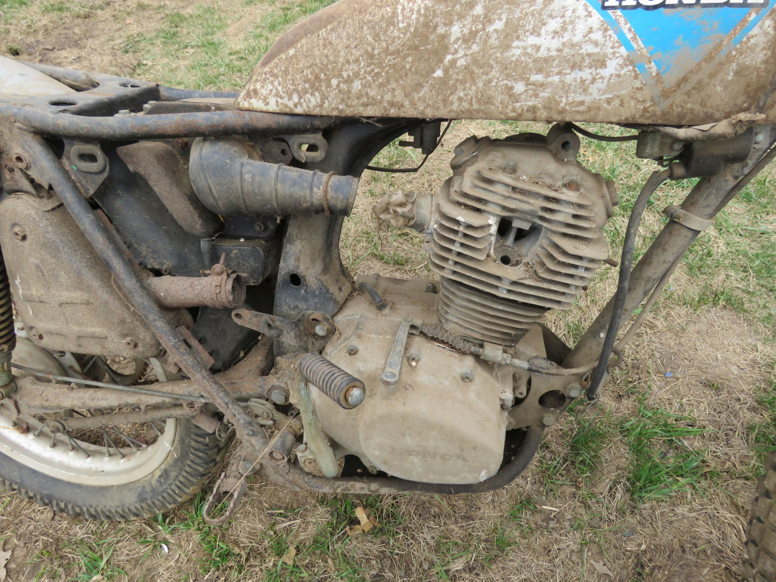 Honda Dirt bike for Project or parts - Image 3