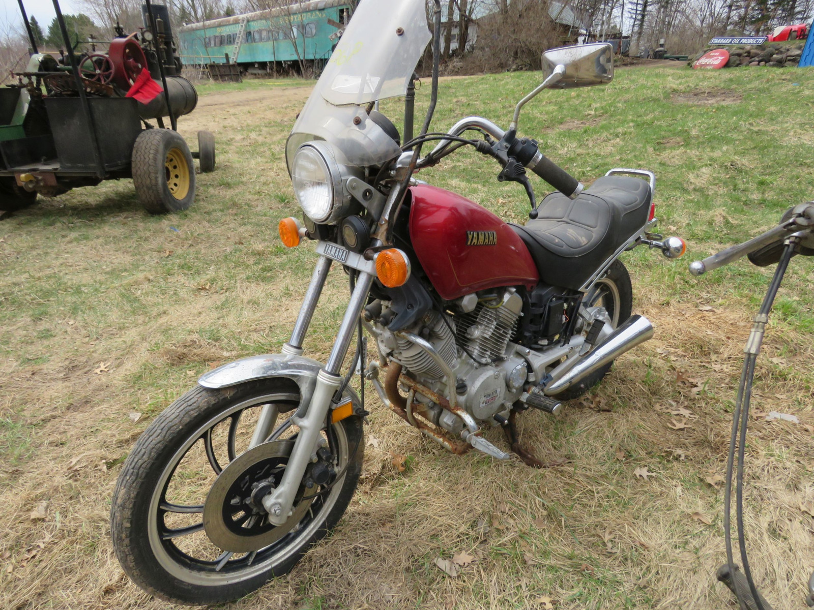 1982 Yamaha Motorcycle for Project or parts - Image 2