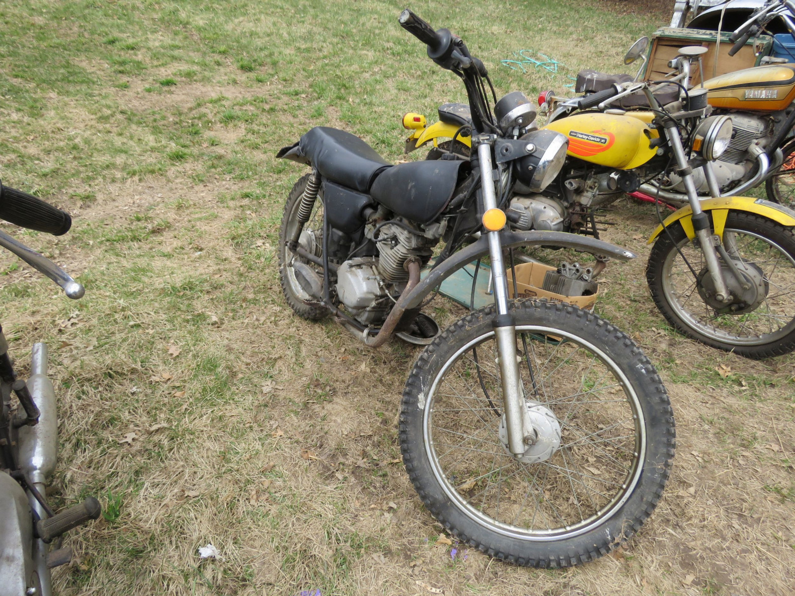 Honda 125XL Motorcycle for Project or parts - Image 1
