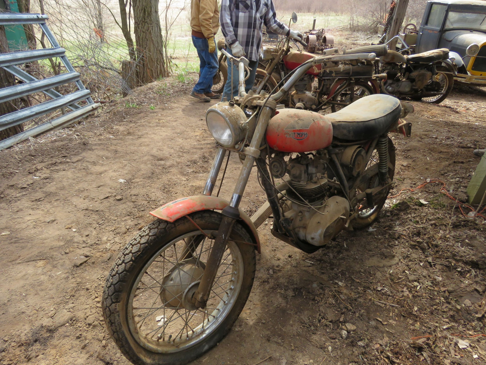 Triumph Motorcycle for parts - Image 5
