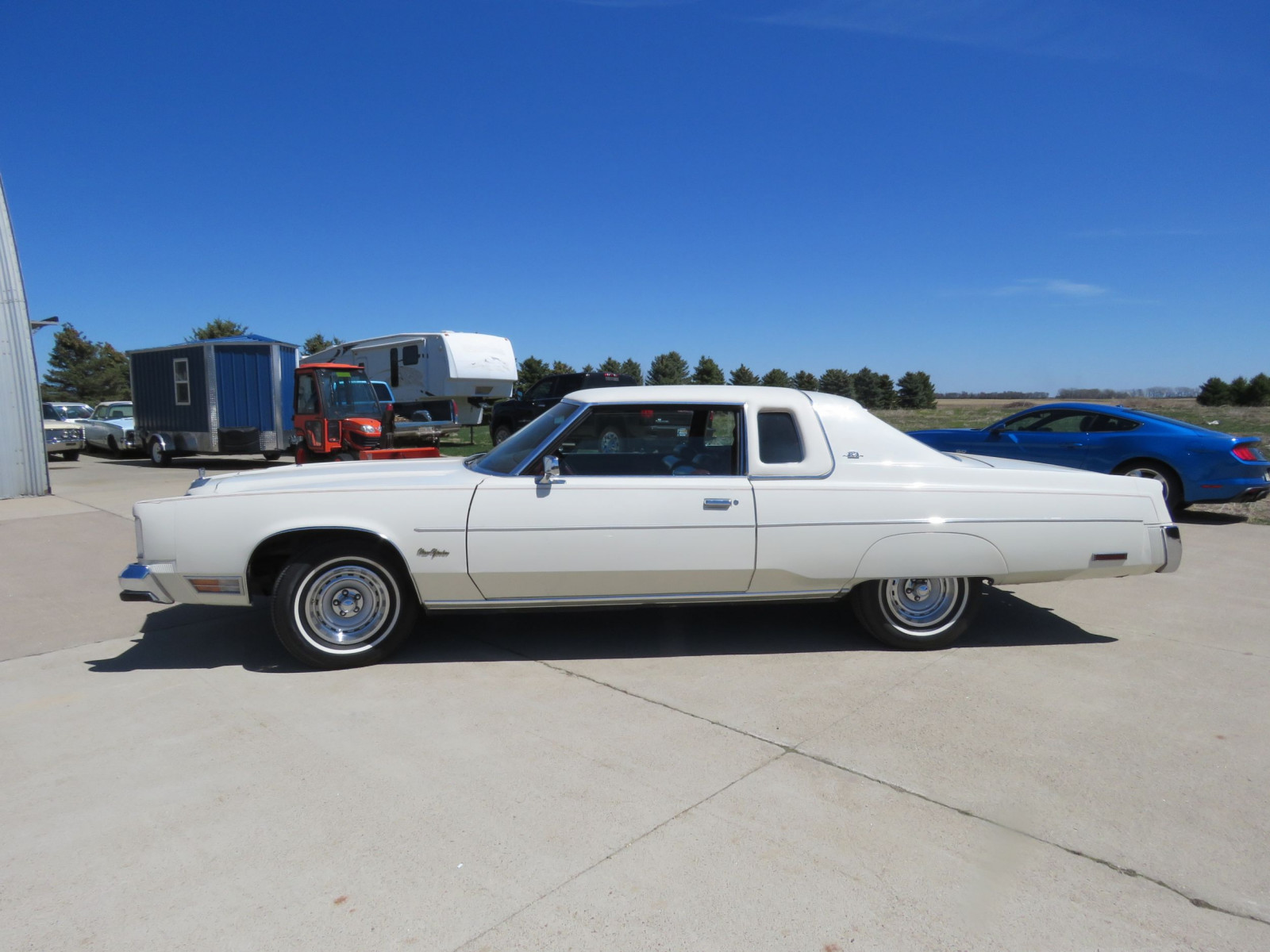 1977 Chrysler New Yorker Brougham 2dr Landau Coupe with ST. Regis - Image 4