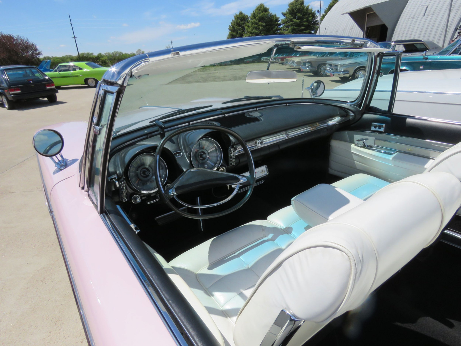 RARE 1960 Chrysler Imperial Crown Convertible - Image 11