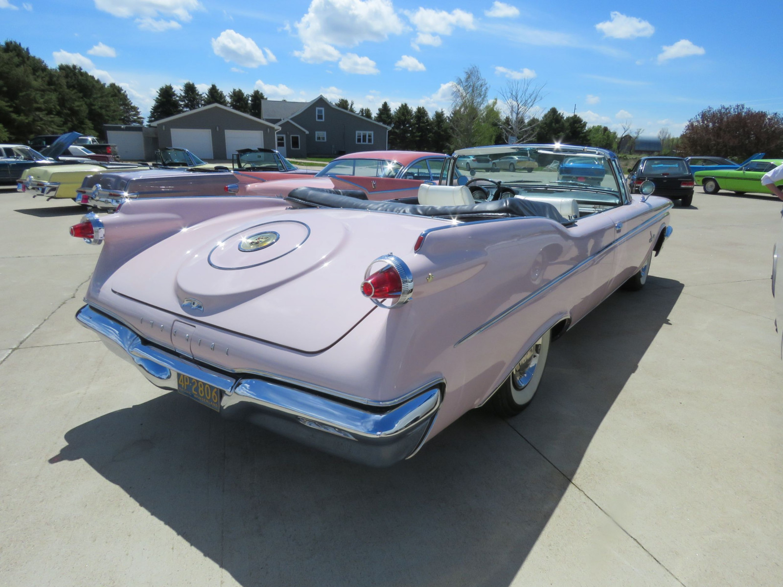 RARE 1960 Chrysler Imperial Crown Convertible - Image 6