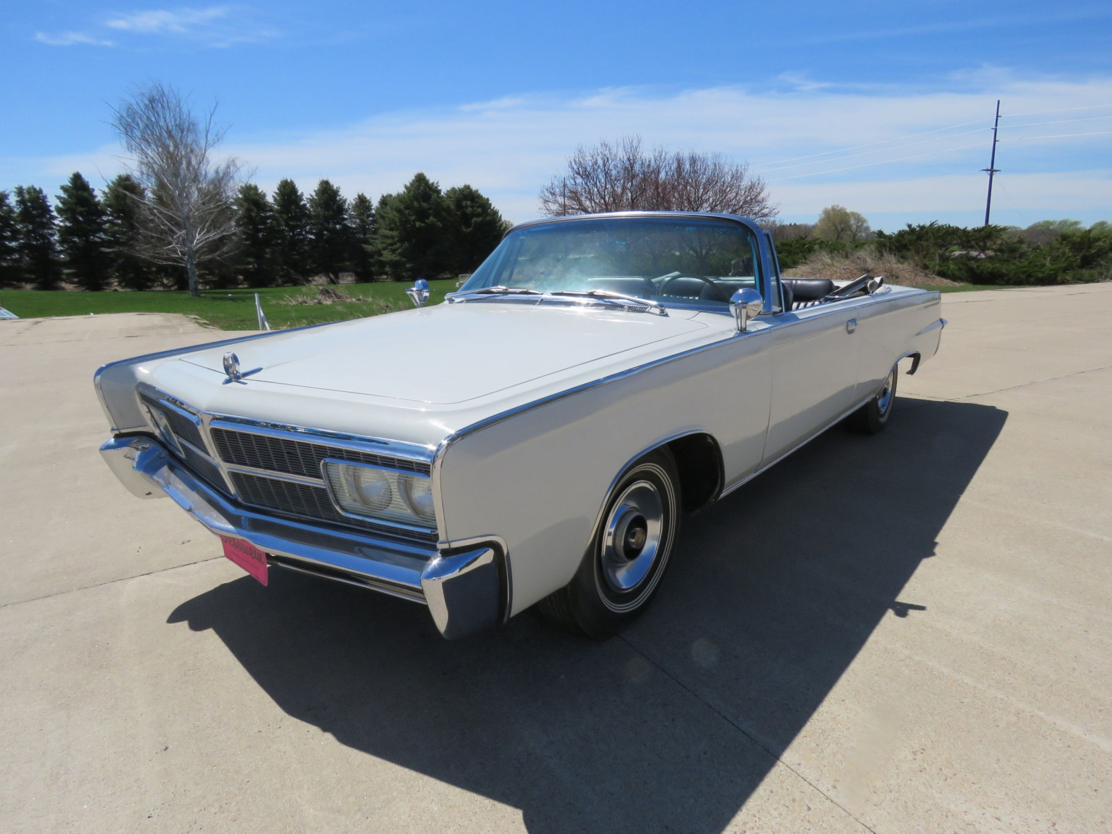 1965 Chrysler Imperial Crown Convertible - Image 3