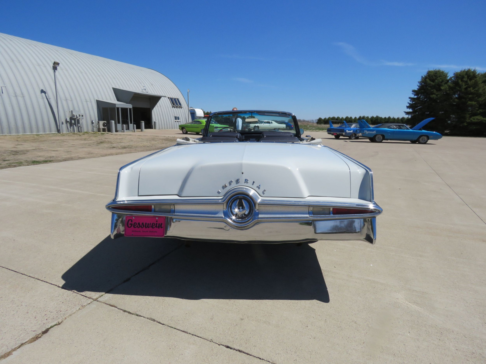 1965 Chrysler Imperial Crown Convertible - Image 6