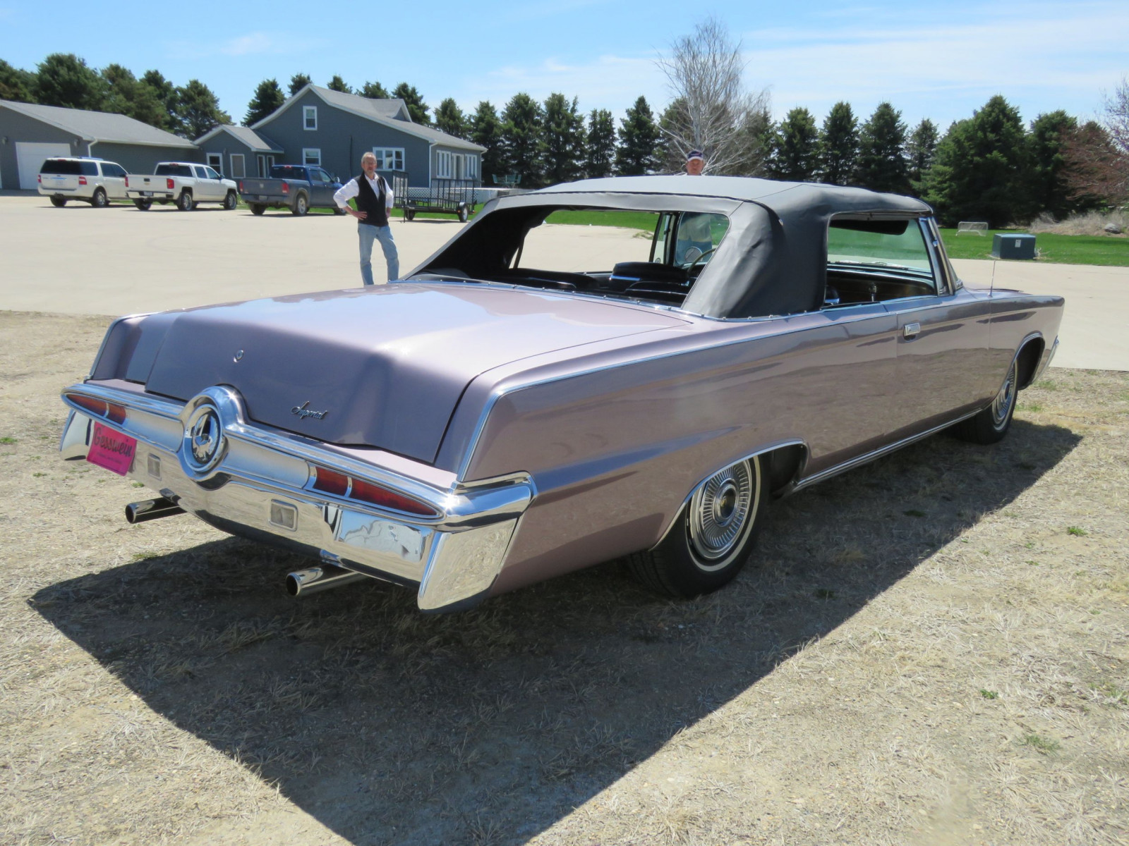 1966 Chrysler Imperial Crown Convertible - Image 12