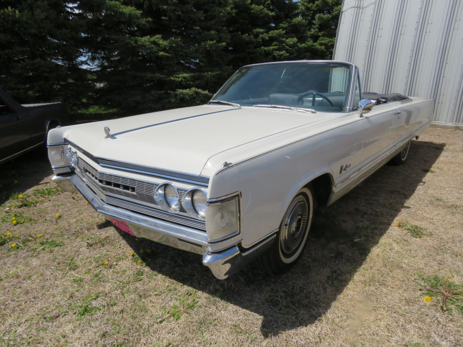 1967 Chrysler Imperial Convertible - Image 1