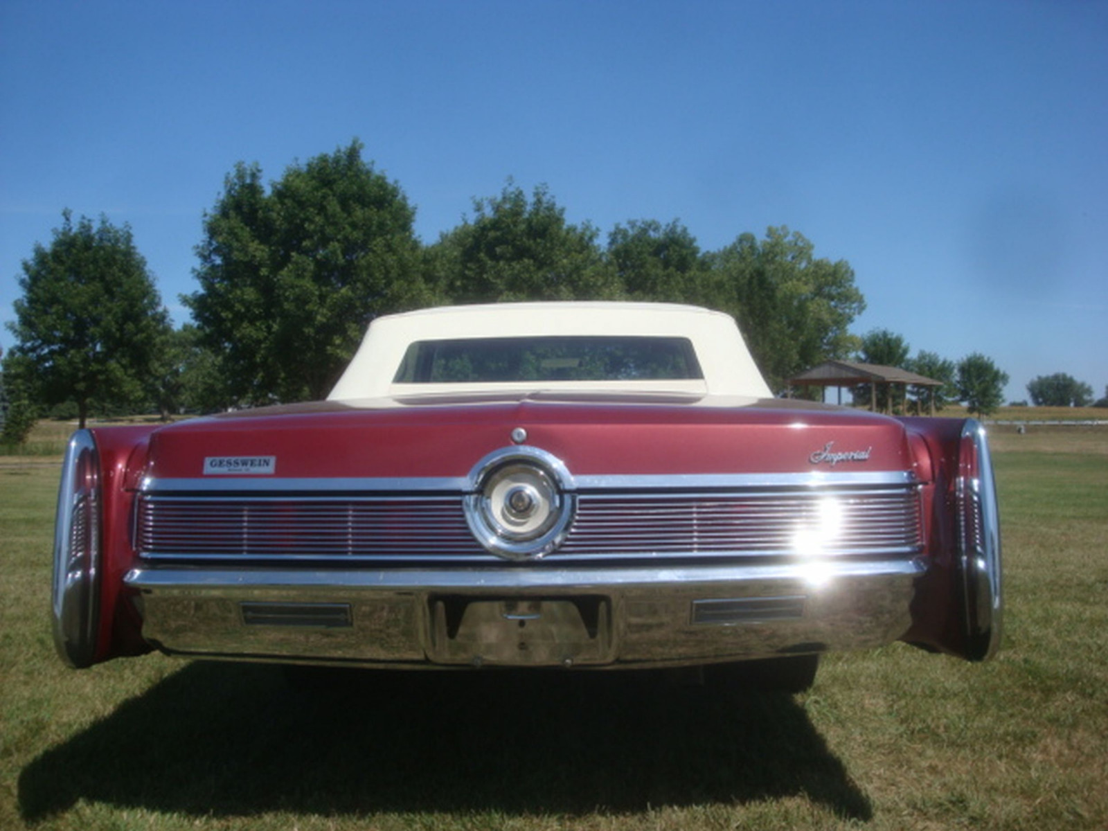 1967 Chrysler Imperial Convertible - Image 14