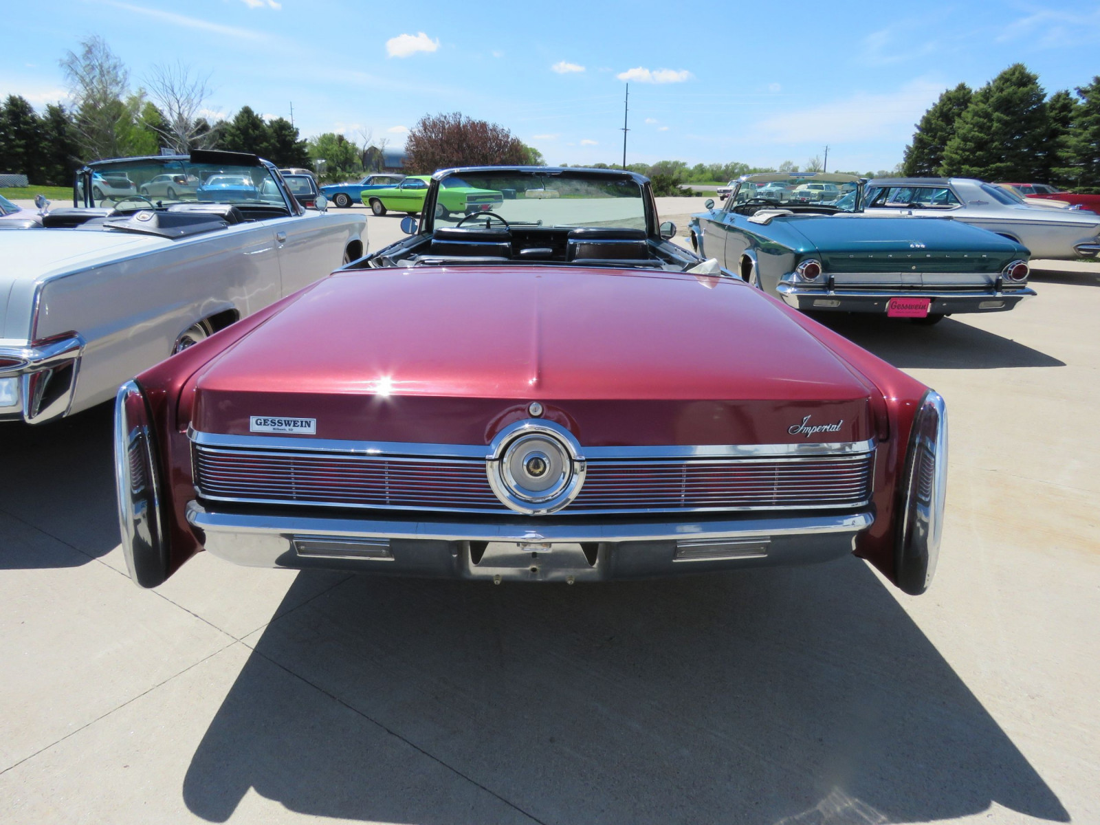 1967 Chrysler Imperial Convertible - Image 6