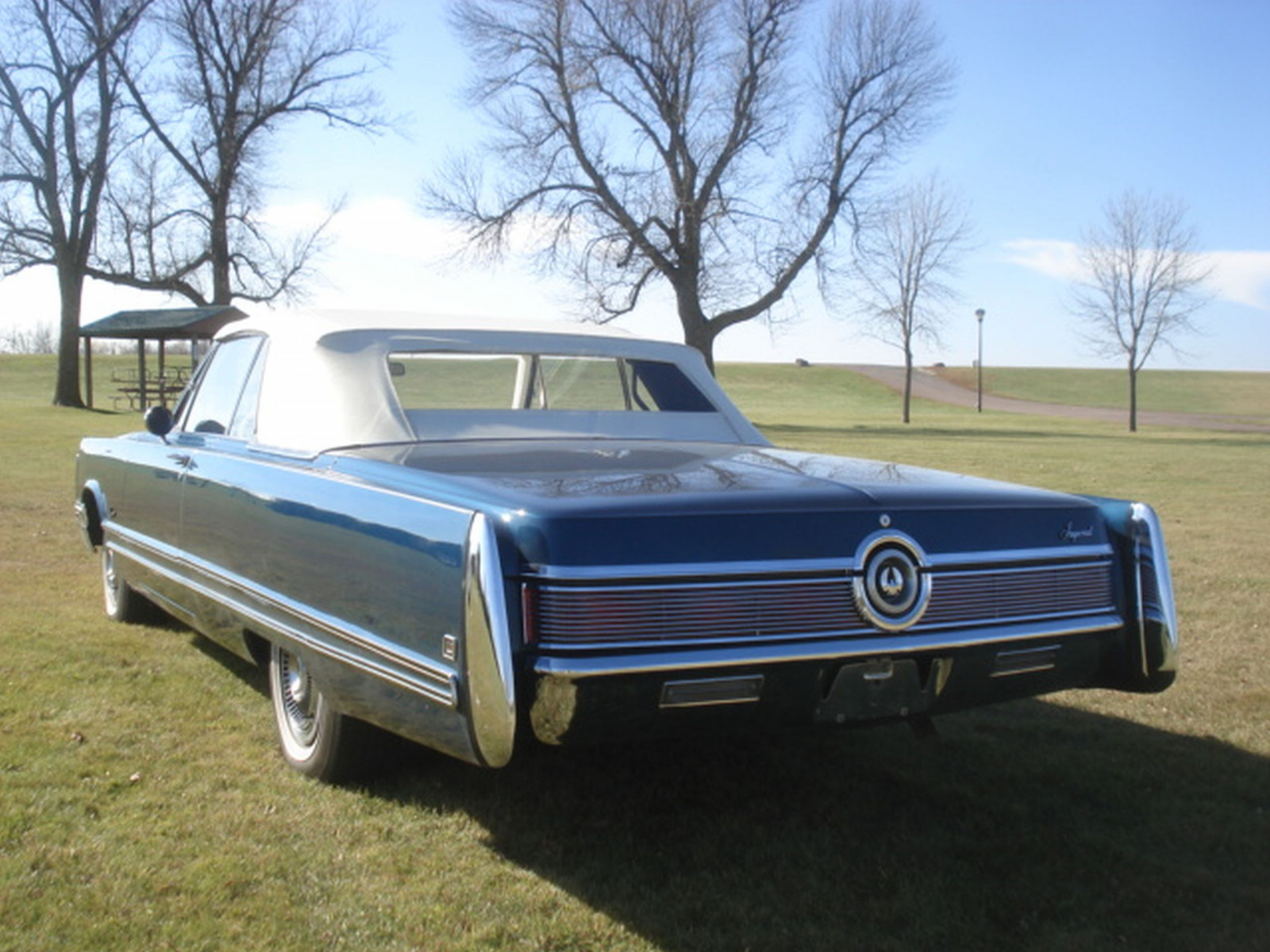 1968 Chrysler Imperial Crown Convertible - Image 11